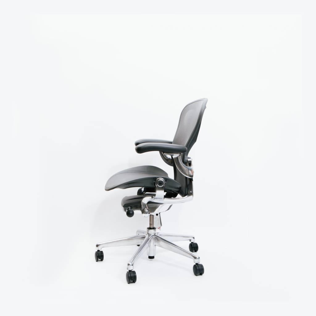 white aeron chair wheelchair xbox controller wilder herman miller