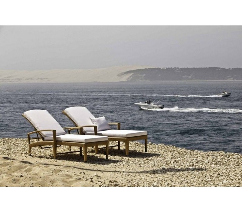 beach chair with wheels potty chairs at walmart dedon panama in bronze kolo