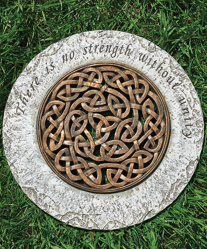 celtic knot strength stepping