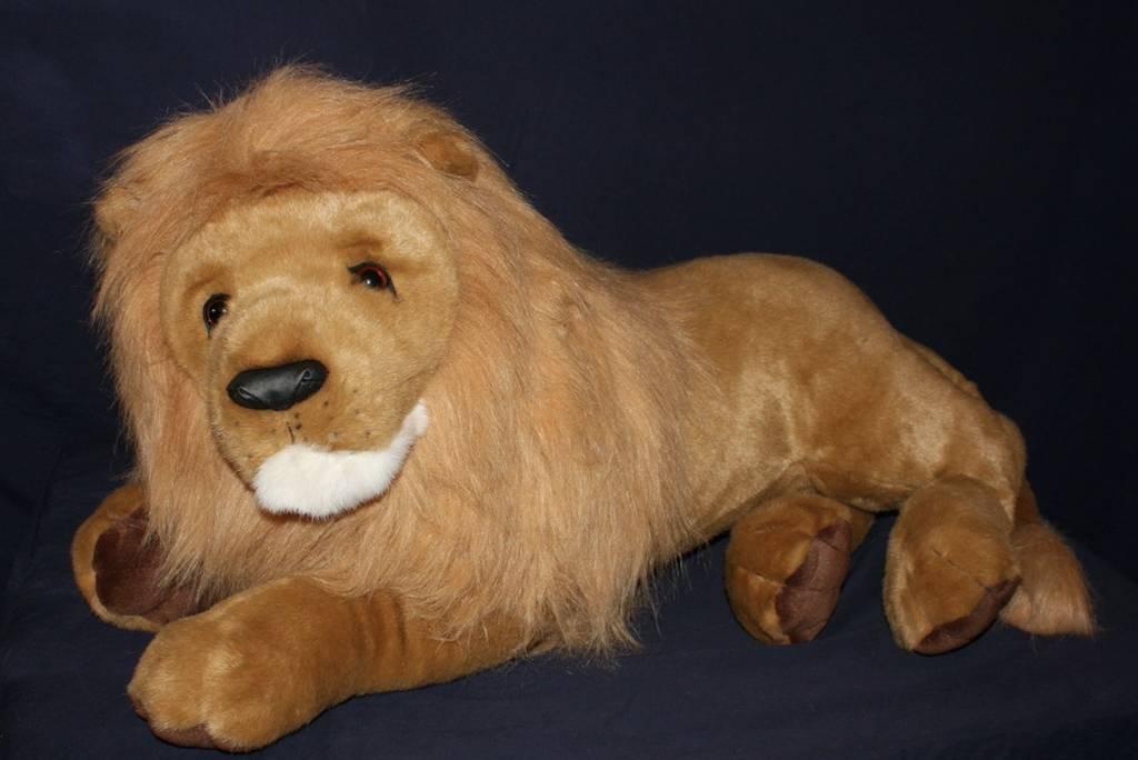 Lord Titan Lion  Large Plush Toys  whoswhointhezoocom