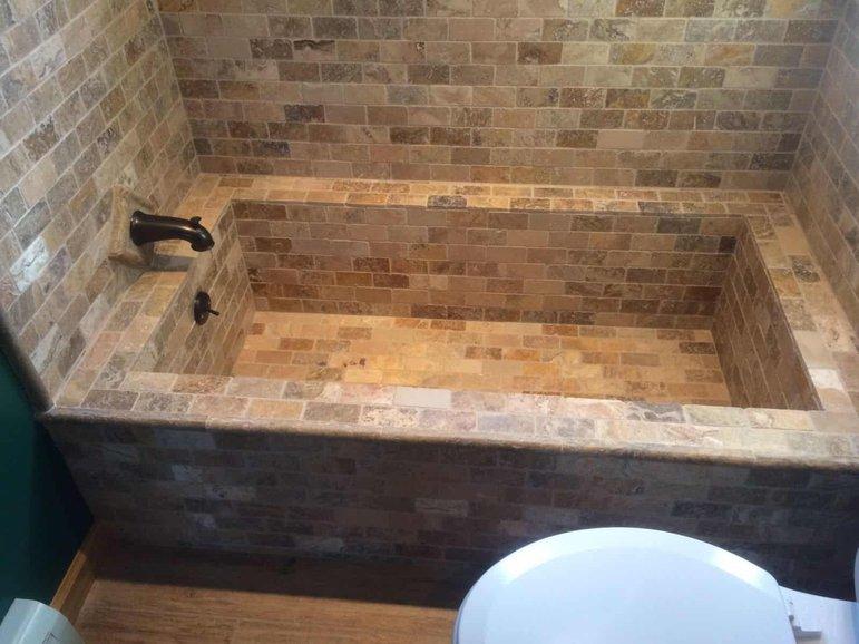 벽돌 목욕탕