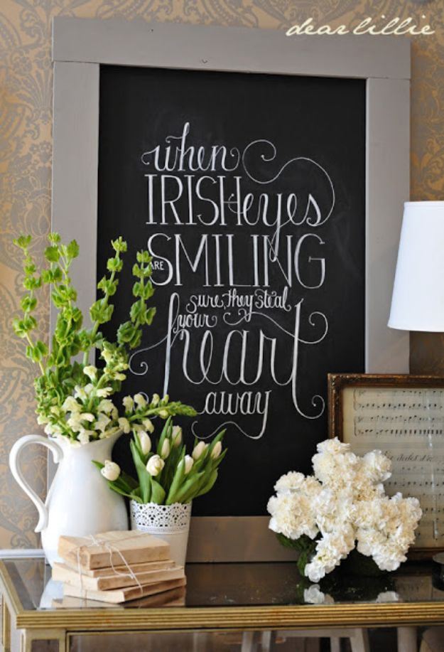 St Patricks Day Decor Ideas - St. Patrick's Day Chalkboard - DIY St. Patrick's Day Party Decorations and Home Decor Crafts - Projects for Walls, Hanging Banners, Wreaths, Tabletop Centerpieces and Party Favors - Green Shamrocks, Leprechauns and Cute and Easy Do It Yourself Decor For Parties - Cheap Dollar Store Ideas for Those On A Budget http://diyjoy.com/diy-st-patricks-day-decor