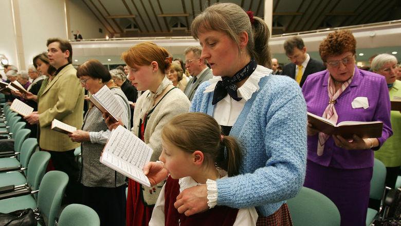 """قبلت ECHR شكوى من 395 مجتمع روسي """"شهود يهوه ..."""