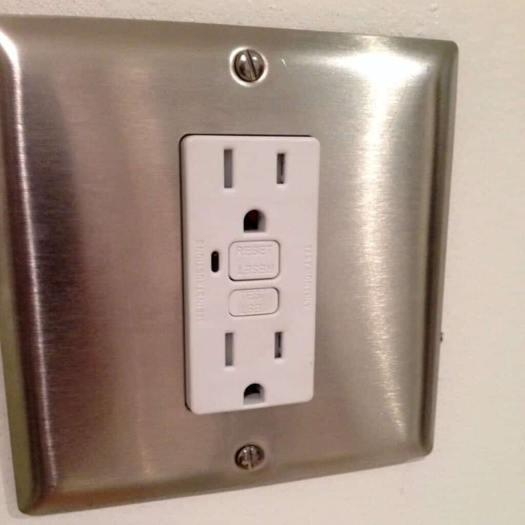 Bathroom Electrical Outlet Replacing Razor Only Receptacle With Gfci