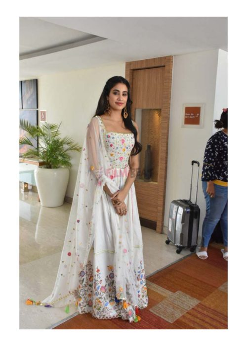 Jhanvi Kapoor look in Anarkali Salwar Suit