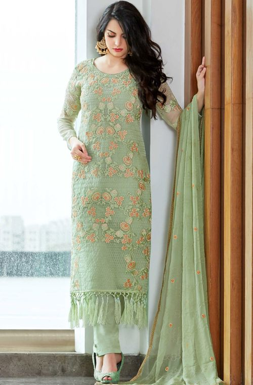 Pakistani Salwar kameez design for Women