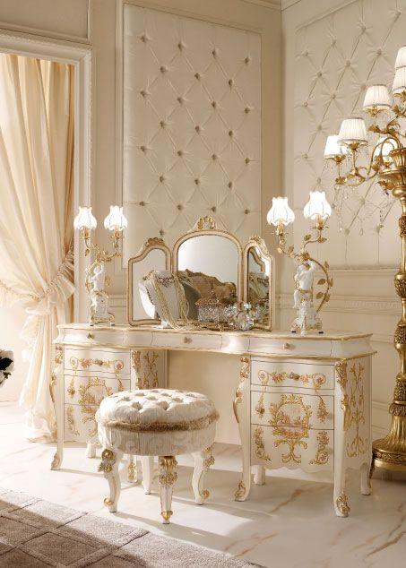 L'arredamento stile barocco moderno è uno di quei stili che devi per forza amare altrimenti non sarà possibile adottarlo. Bagno In Stile Barocco Moderno Creare Contrasti Semplici Ed Eleganti Casamagazine