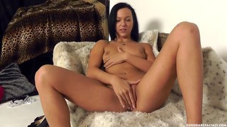 Image: Sweet babe Natali catches a load on her face