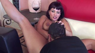 Pierced MILF Carrie lets him cum in her mouth image