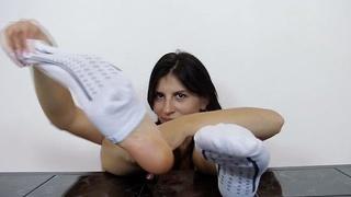 Image: Fuckable foot of Fernanda