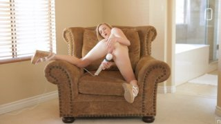 Image: Blonde coed Skylar Green shows off how she gets herself off with a vibrating toy and squirts her...