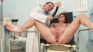 Elder pierced pussy woman bizarre pussy exam image