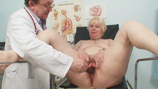 Chubby blond mama hairy pussy gyn examination image