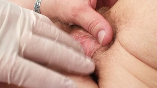 Image: Unshaved twat mother Tamara embarrassing doctor examination