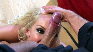 Image: Cute babe Aaliyah Love_deep throats huge dick