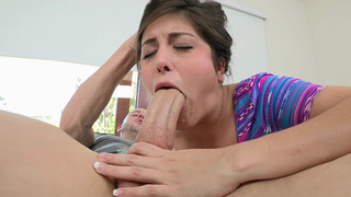 19 years old girl Natalie Monroe works her mouth all over his shaft image
