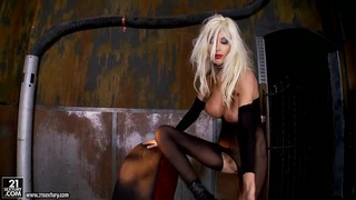 Horny Puma Swede plays_with her wet pussy image