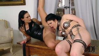 Image: Isla and Lucia Love have hardcore sex party