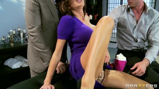 Image: Veronica Avluv first time double penetration