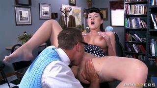 Alexis Grace is sucking a nice_cock of Van Wylde image