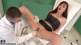 Doctor Anal will treat hot chick Alysa Gap image