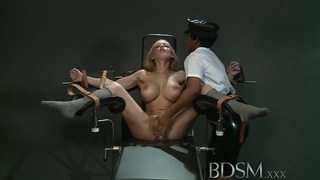 BDSM XXX Slave_girl gets_orgasm from angry Mistress image