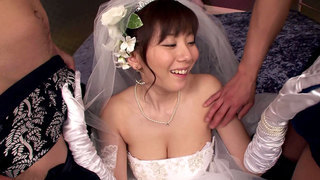 Image: Here Cums The Bride