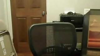 Gostosa Mostrando E Se Masturbando Na Webcam image