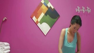 Asian massage babe Amber Q handjob image