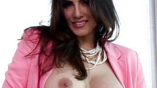 Sunny Leone wearing pink image