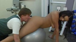 Hot Babe Gets Pussy Licking In Gym image