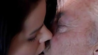 Young and old girl kisses movies Bruce a muddy old guy loves to nail image