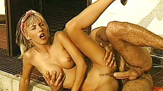 Busty_amateur_girlfriend_outdoor_action_with_cum image
