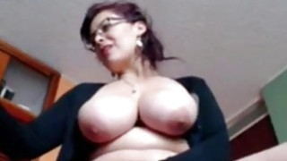 Busty_Housewife_Liza_toying_live_at_home image