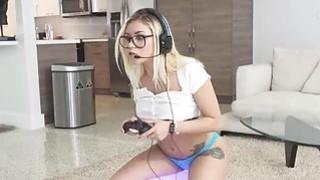 Image: Banging assy bigtit nerd GF while playing