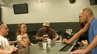 Image: Amateur couple accepts big money for sex on camera