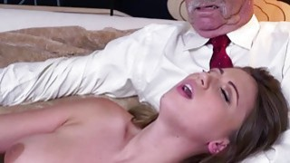 Ivy Rose shows her sexy body and fucks her pussy image