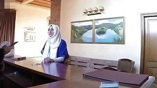 Slutty Arab babe takes big schlong in hotel room image
