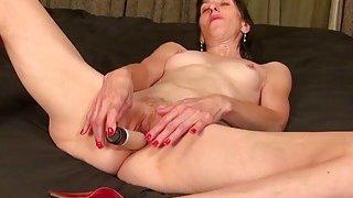 Image: USAwives Solo Mature Penny Jones Toy Masturbation