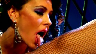 Two_lustful_girls_Jessica_Jaymes_and_Chastity_Lynn_playing image
