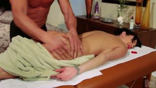 Horny masseur pleases Alektra Blue_with his magic hands and gets his_cock sucked deepthroat image