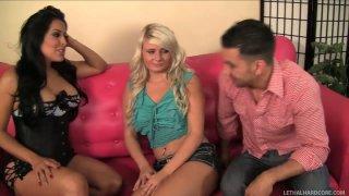 Image: Bright chicks Kiara Mia & Tosh Locks ride Marco Rivera's cock