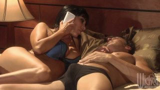 Veronica Rayne blows dick of her lover after talking to_her husband on the phone image
