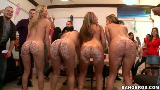 Learn the meaning of candy booty from Nikki Sexx, Diamond Kitty, Alexis Fawx and Richelle Ryan image