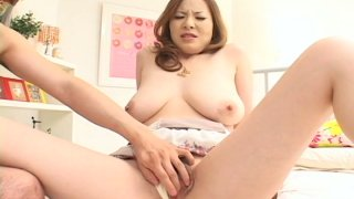 Bosomy snow white Japanese gal Kumi Mizusawa_gets fingered image