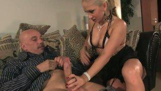 Lustful slut Leah Lush seduces an old_man and sucks his dick_deepthroat image