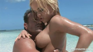 Image: Busty bitch Britney_having sex fuck right on the sand