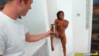 Image: Thot In The Shower