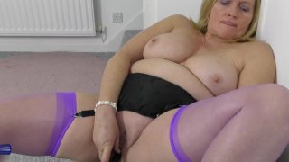 Hot granny wants to_masturbate for you image