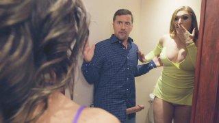 Image: Xperienced Butt Bunny Alexis Tutors Skylar in Bathroom Anal